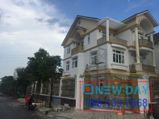 Thi công cửa lưới chống muỗi biệt thự chị Hoa khu dân cư Khang Điền quận 9